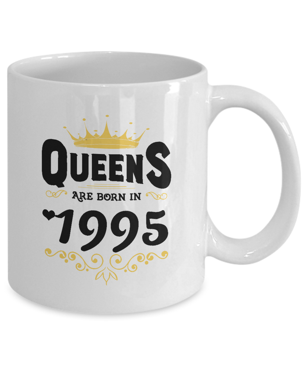 Gag Ladies 22nd Birthday Gifts For Girlfriend Granddaughter Queens Are Born In 1995 Cool Gift Mug